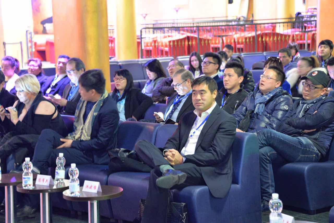 推进华人导游业合法有序良性发展 意华人旅游协会成立
