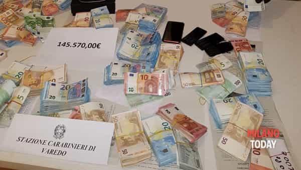 官方授权平台:男子因家中藏匿大量现金和可卡因被捕