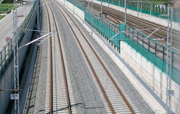 500万彩票网app:欧盟闭门玩高铁_意大利建造成本每公里达2800万欧元