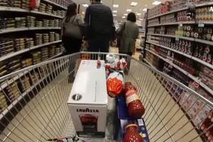 Bufera su promozioni nei supermercati a prezzi stracciati (ANSA)