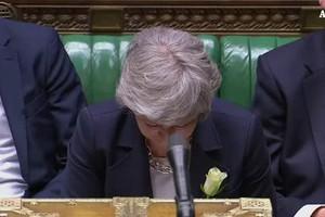 Brexit: May rilancia, legge in parlamento il 3 giugno (ANSA)