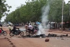 Cento morti in un attacco in Mali, l'ombra jihadista (ANSA)